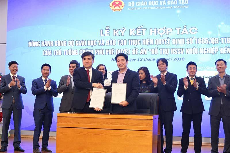 Novaedu ký kết hợp tác với Bộ GD&ĐT