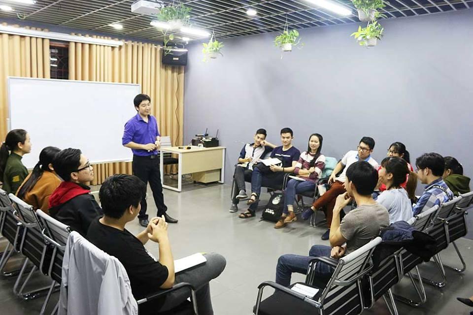 Lớp học kỹ năng mềm tại Novaedu.