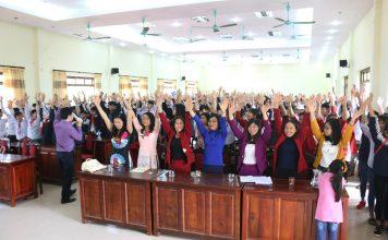 Ở Việt nam, việc giáo dục giới tính cho học sinh còn nhiều hạn chế