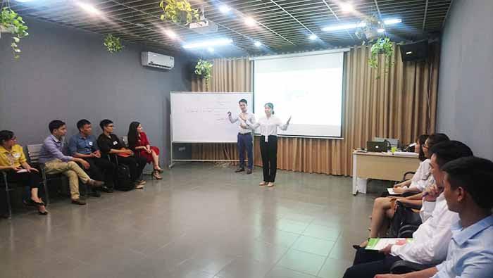 Tôi nhận được rất nhiều kinh nghiệm quý giá trong kĩ năng thuyết trình