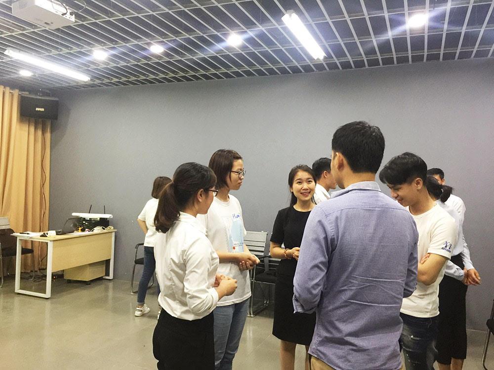 Tất cả những câu hỏi của Học viên đều được Cô Thanh Hằng giải đáp rất tận tình.