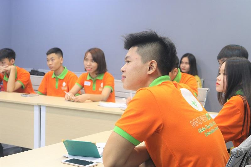"""Lớp Spro.107 chuyển sang học chuyên đề mới """"Kỹ năng tương tác xã hội"""""""