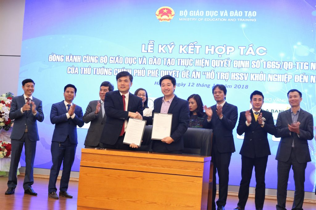 Bộ Giáo dục và Đào tạo ký kết với Novaedu, hỗ trợ học sinh sinh viên khởi nghiệp tới năm 2025.