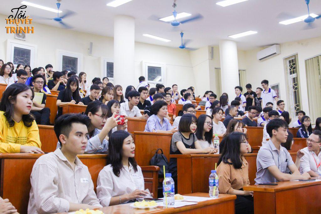 """Cuộc thi """"Tôi thuyết trình 2018"""" thu hút sự tham gia và quan tâm của rất nhiều sinh viên."""