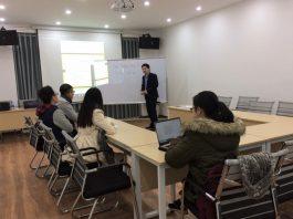 CEO Đỗ Mạnh Hùng đào tạo hướng dẫn cho hai dự án Unicoach và Get Ins.