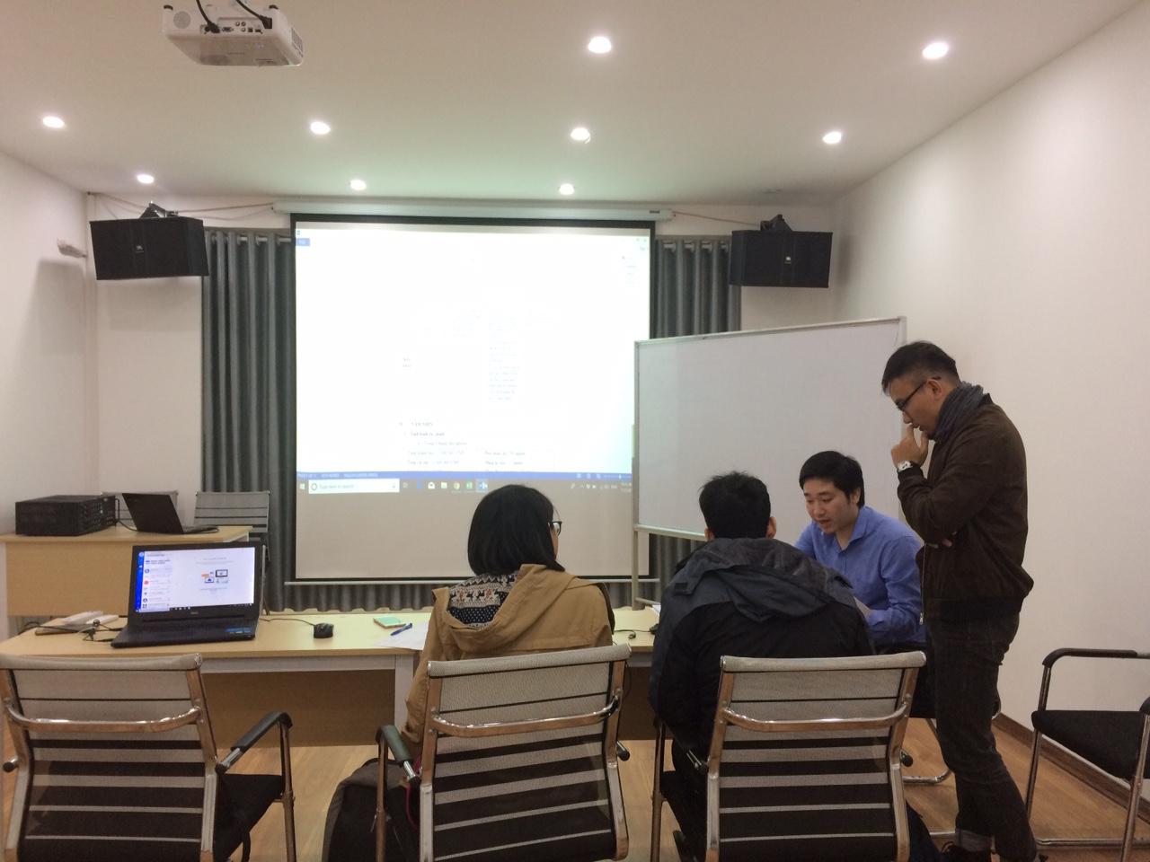 Với sự hướng dẫn tận tình của CEO Đỗ Mạnh Hùng, chúng ta cùng chờ đón sự bứt phá của hai đội chơi.