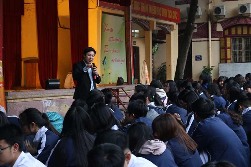 Theo CEO Đỗ Mạnh Hùng - Học sinh muốn khởi nghiệp trước hết phải xác định mục tiêu rõ ràng và cần trang bị kiến thức và kỹ năng