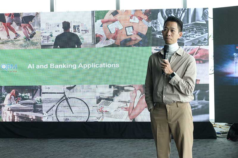 Lê Công Thành CTO Direcotr Infore Technology thuyết trình về chủ đề Ứng dụng trí tuệ nhân tạo trong các dự án khởi nghiệp