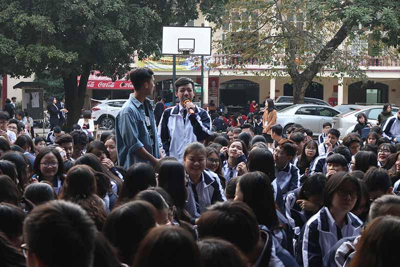 Một học sinh Trường THPT Trần Phú - Hoàn Kiếm - Hà Nội đặt câu hỏi về khởi nghiệp trong lứa tuổi học sinh như thế nào?