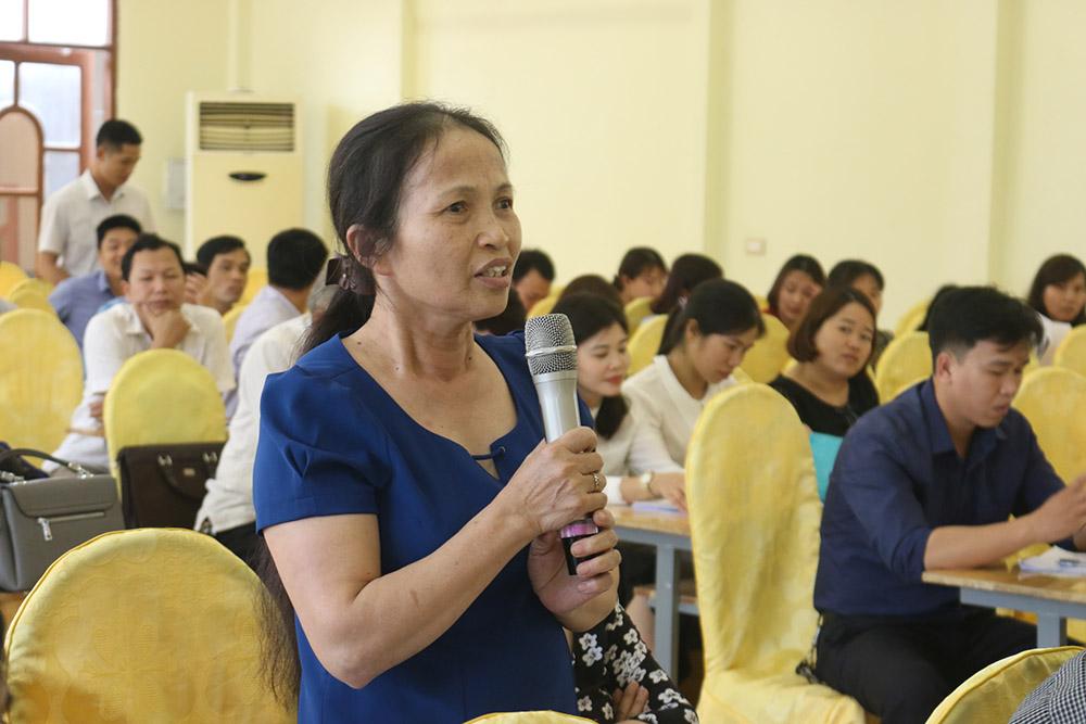 Đại diện cán bộ một Trường THPT Tư thục phát biểu ý kiến