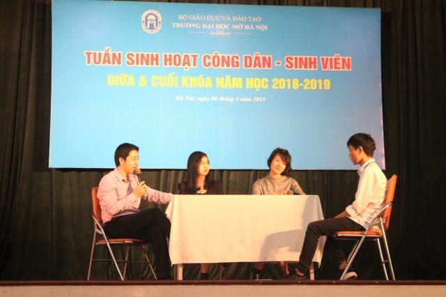 Talkshow Chinh phục nhà tuyển dụng cùng buổi phỏng vấn giả định với sinh viên Phạm Công Chiến.