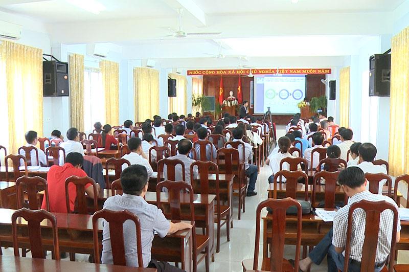 Toàn cảnh đợt tập huấn hỗ trợ khởi nghiệp cho học sinh THPT tỉnh Đắc Lắc