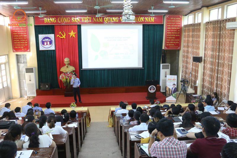 Đại diện tất cả các trường THPT, GDNN - GDTX trên địa bàn tỉnh Ninh Bình đều tham gia đợt tập huấn này.