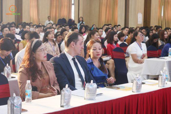 Hội thảo Vietnam Startup 4.0 thu hút sự tham gia của các diễn giả trong nước và quốc tế.