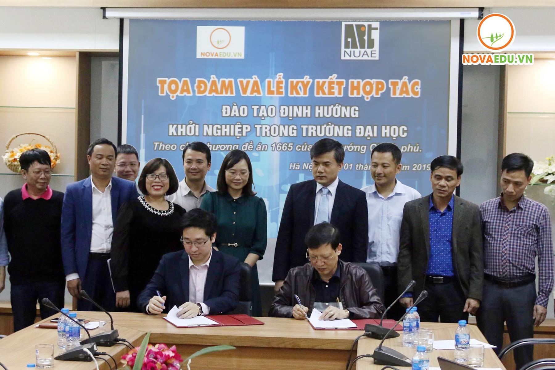 Ký kết biên bản thỏa thuận hợp tác giữa Nhà trường và Novaedu về hợp tác đào tạo định hướng Khởi nghiệp trong trường Đại học theo chủ trương đề án 1665